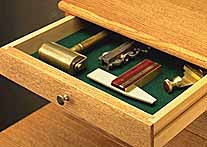Drawer with felt lining